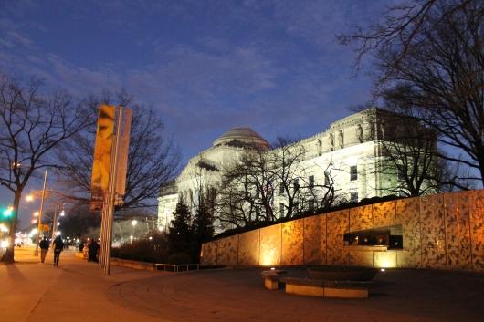 MUSEUM night shot