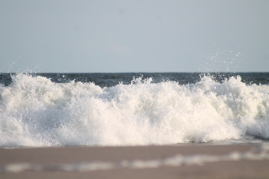 img_2235-crashing-waves