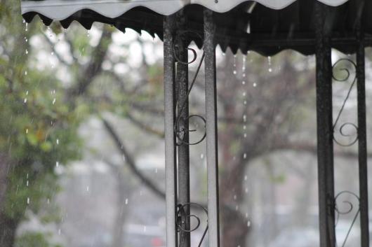 rain-draining-off-awning