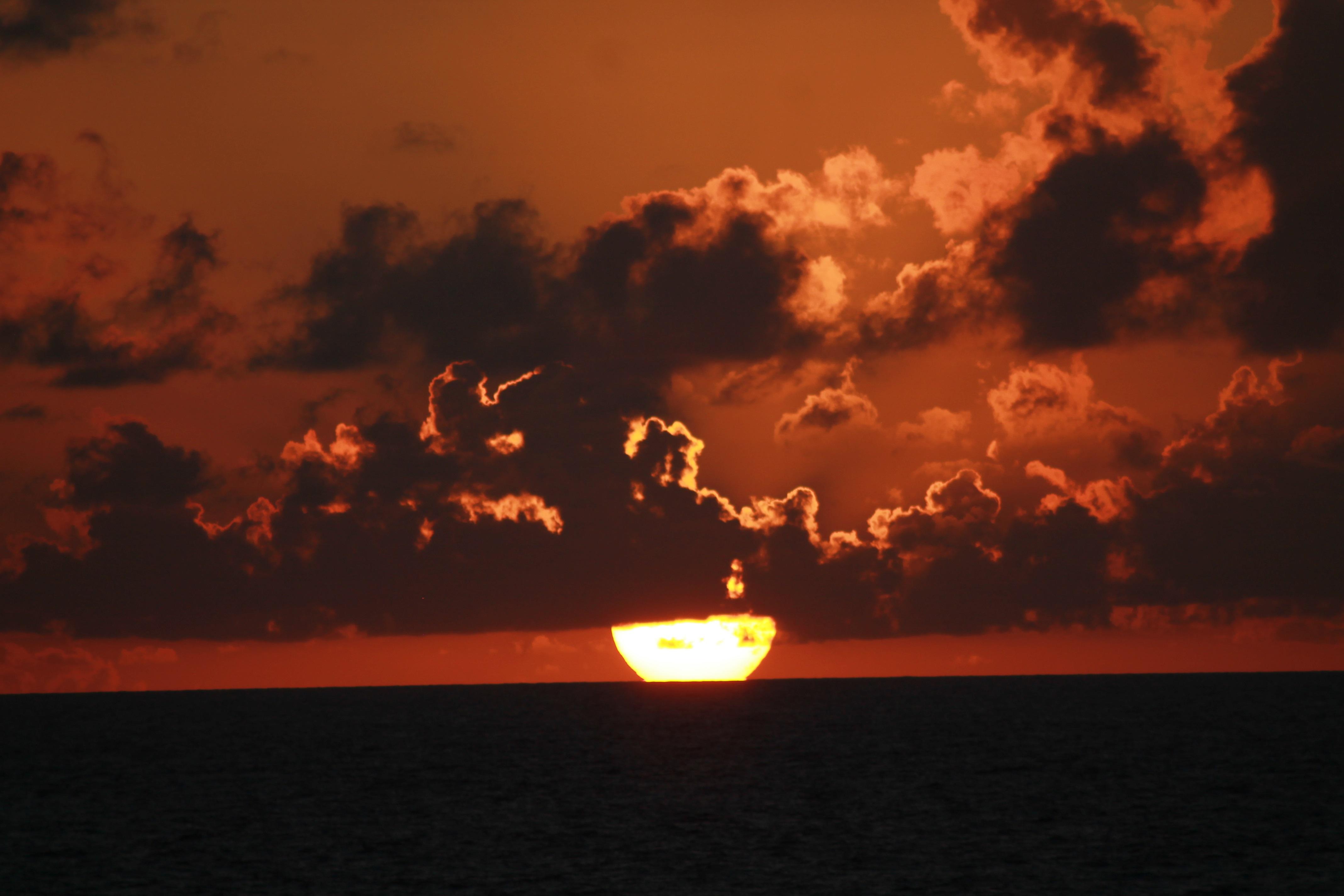 IMG_1877 sunsetnin ocean